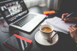 8 ověřených tipů, jak zhubnout při sedavém zaměstnání