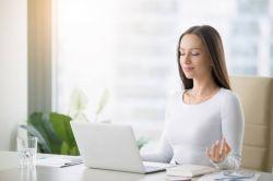 Praktické cviky při sedavém zaměstnání - 4 cviky na krk i záda